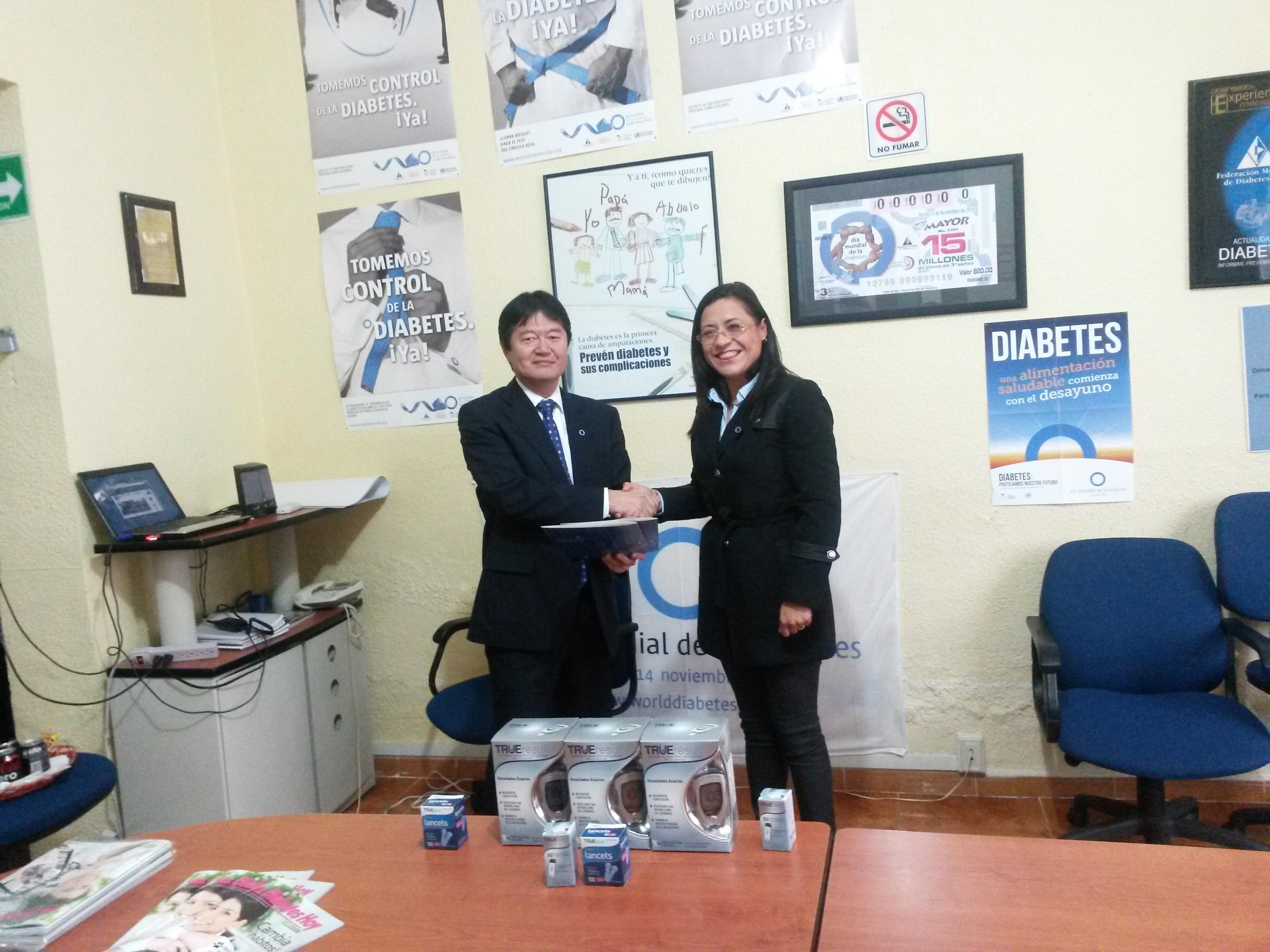 Nipro hace importante donativo a la Federación Mexicana de Diabetes, A.C.