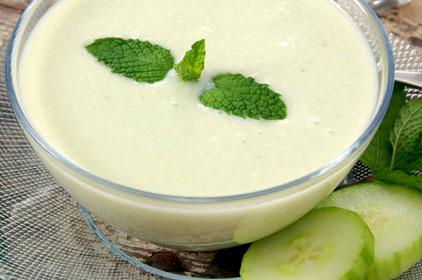Sopa de pepino con yogurt