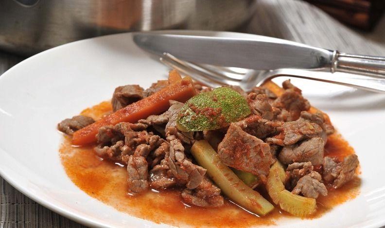 Bistec en salsa morena