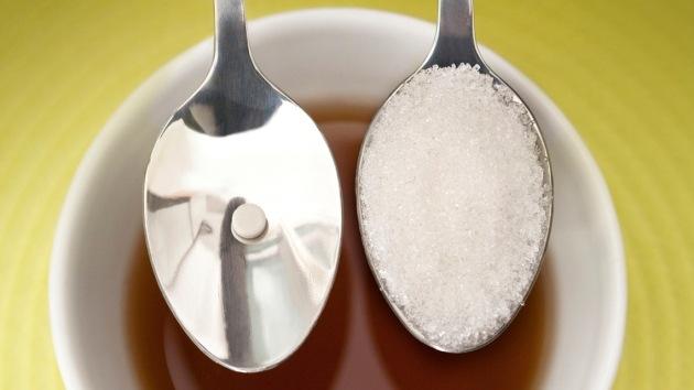 Expertos hablan sobre relación entre consumo de azúcares y aumento de obesidad