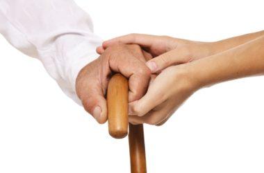 En adultos mayores, enfermedades se manifiestan con síntomas diferentes a los del resto de la población.